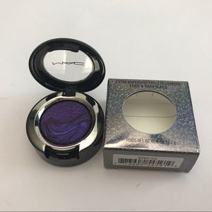 Mac Extra Dimension Eye Shadow VIO-LIT